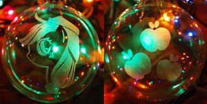 Applejack Glass Ornament by Clinkorz