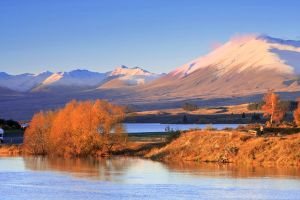 Lake Tekapo by chrisgin