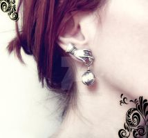 Christmas Ornament Earrings by Aranwen