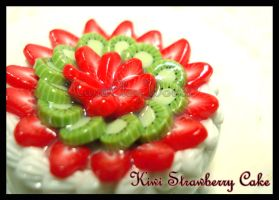 Kiwi Strawberry Cake by HanaClayWorks