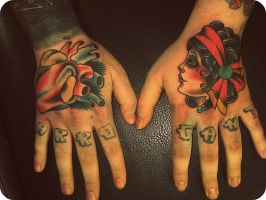 hands by xveganmafiax