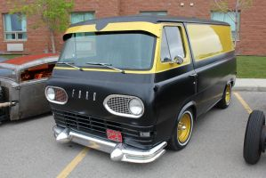 Black And Gold Econoline by KyleAndTheClassics