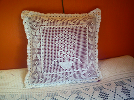 Crocheted pillow by ToveAnita