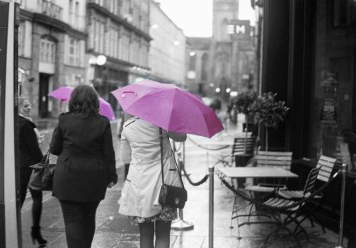 Rainy day in the town by lindsaymobil22