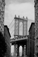 Manhattan Bridge by treeclimber411