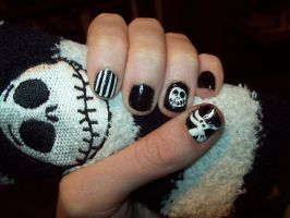 Nightmare Before Christmas Nails by ffishy21