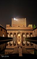 Alhambra Palace, at night by MonLerma