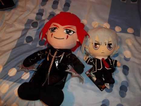 Axel and Zero Plushies by Lunaflowerwolf