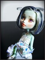 Spring has come - MH Frankie Stein repaint by PleaseKissArt