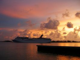 CruiseShip SunRise by BahamaWave