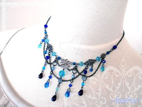 Blue chain necklace by docoao