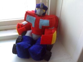 Plushies In Disguise- Optimus by mutePenguin