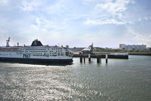 Port of Dover by Sn0w-whit3