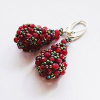 Beaded openwork earrings with ruby and hematite by Sol89