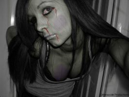 Zombified Amy by MeNoCiDe-Productions