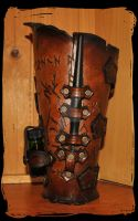 Leldorin copyist leather bracer by Lagueuse