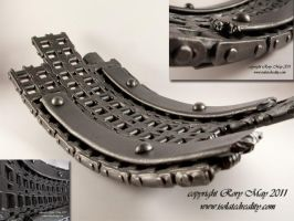 Chain Dish by isolatedreality