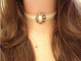 Pearl Choker by VictorianRedRose