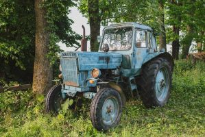 Mister cute blue tractor by Belilmalebridia