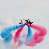 Red Arrows V by toosas