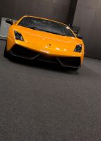 Lamborghini in arancio by cluster5020