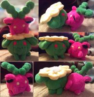 Hoppip and Skiploom Plush by sorjei
