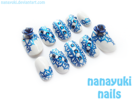 blue lace nails by Nanayuki