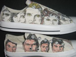 NEW MOON low top Converse1 by brolicdesigns