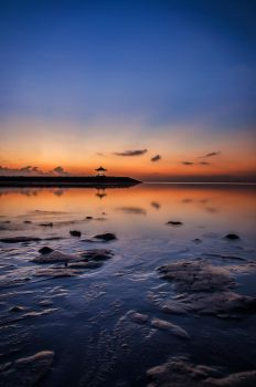 Sunset Bali Indonesia by Relderson