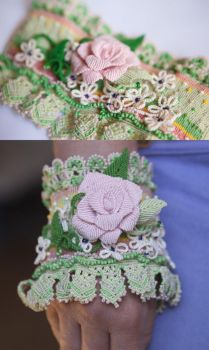 Macrame cuff with a rose by Hope72