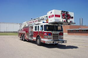 Tower/Ladder Truck by Tommyhawk