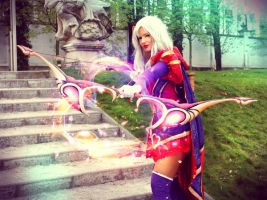 Heartseeker Ashe cosplay by Felanka