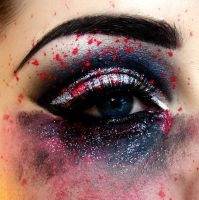 Make-up Smeared Eye by KikiMJ