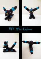 Mini Umbreon plush (shiny) by nfasel