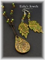Golden forest pendant and earrings by Shatiel85