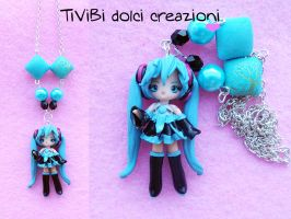Vocaloid - Hatsune Miku Necklace by tivibi