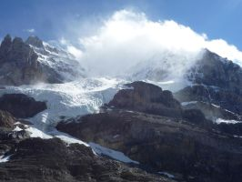 Athabasca Glacier 29 by raindroppe
