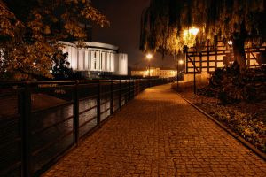 Bydgoszcz at night by redreddaisy