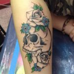 Skull and Flowers by angeldelly