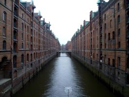 Hamburg's old warehouse district by someoneabletofindana