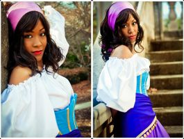 Notre Dame - Esmeralda cosplay by Benny-Lee