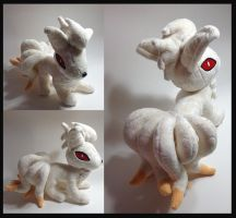 Pokemon - Ninetales custom plush by Kitamon