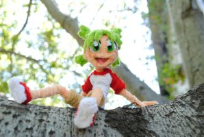 Yotsuba and Tree climbing by Leo-tux