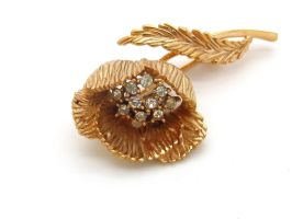 Vintage Gold-tone 'Trifari' Flower Brooch by sevvysgirl