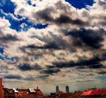 Barcelona sky by trencapins