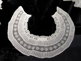 Belle epoque lace collar by April-Mo