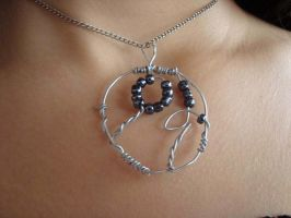 Thorns and flowers necklace by skinywitch