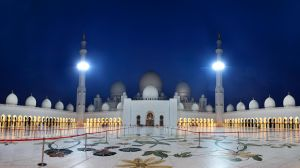 Sheikh Zayed Mosque by Shoayb