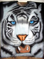 WHITE TIGER FACE AIRBRUSHED by javiercr69