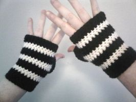 Black and White Fingerless Gloves by Whyte-Raven